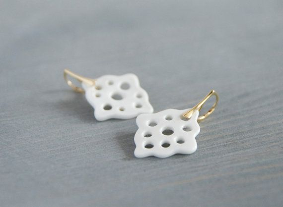 Hey, I found this really awesome Etsy listing at https://www.etsy.com/listing/176617555/stunning-gold-and-porcelain-earrings