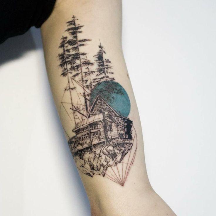 tatuajes abstractos. venado espalda bosque