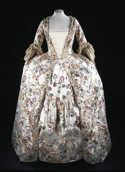 Lady Caroline's sack-back gown and petticoat of painted Chinese silk ,1767. She also wears a matching stomacher (not shown) SALT REDUX