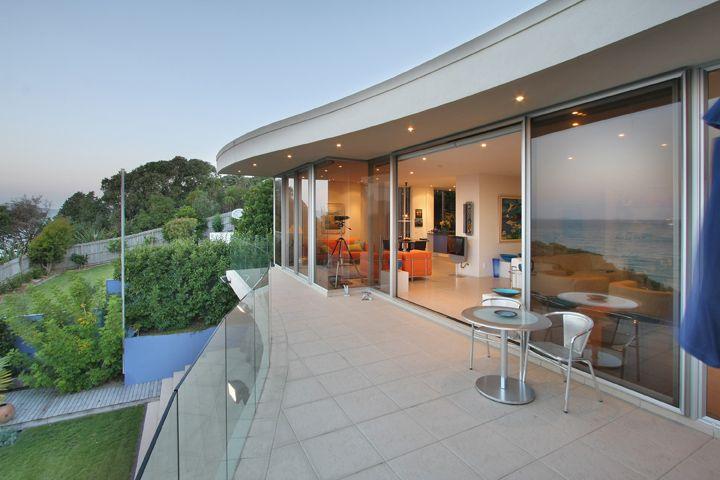 Murrays Bay House balcony