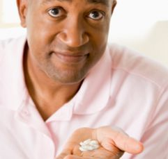 Urinary Tract Infections in Men: New Advice on Antibiotics | Health & Healing