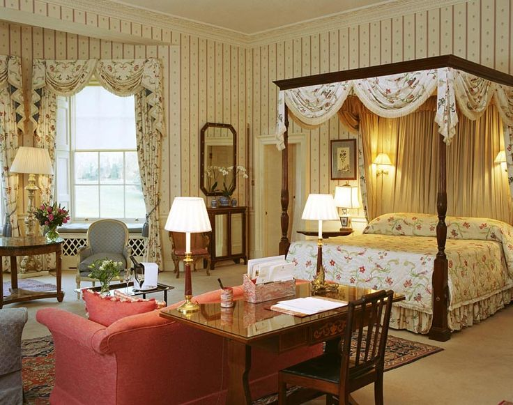 rooms in buckingham palace | Inside Buckingham Palace Bedroom The house was converted in the