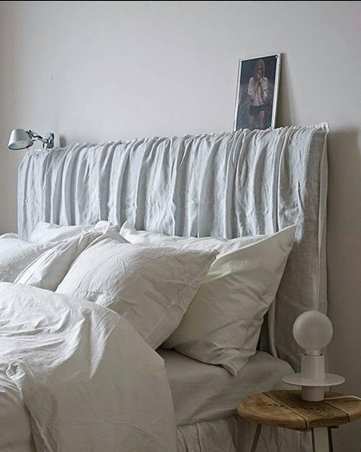 Spånar på sänggavel till gästrummet. Vi kommer ha en 160 cm säng där och jag funderar på att göra en sänggavel liknande denna. Antingen om man trär på ett linnetyg eller ett linnepåslakan på en buntad mdf. Tror det skulle kunna bli fint. Har någon av er gjort det, så tagga mig gärna i bilden. Behöver mer inspiration. Bild är lånad från pinterest om ingen annan vet källan?