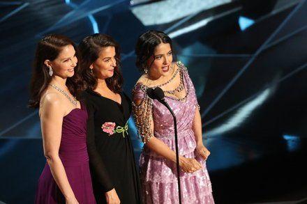 #MeToo Harvey Weinstein and Awkward TV: Our Critics Talk Oscars