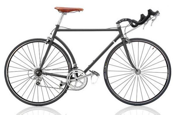 """DIAMANT Ironman Slx  1992, BEL Frame: Steel varnished Bicycle gearing: 2×8 Brakes: Rim Side Pull / Rim Side Pull Tyres: 28"""" Wired Tyre / 28"""" Wired Tyre Weight: 22,49 lbs"""