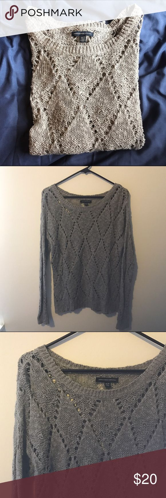 American Eagle Gray Knit Sweater Gorgeous gray knitted sweater. Good condition! American Eagle Outfitters Sweaters Crew & Scoop Necks