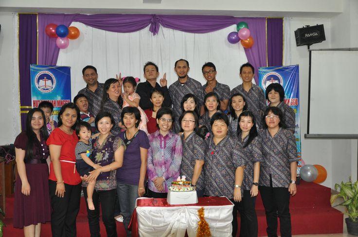 Salah satu keluarga besarku di SM GKKK Padang