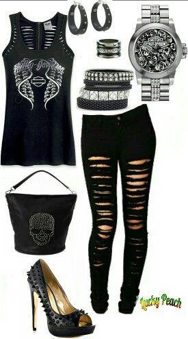 Damenmode Edgy Black Harley Davidson und Totenkopf-Outfit  #black #damenmode #davidson #harley #outfit