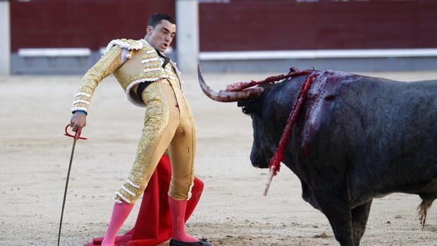 Alejandro Talavante corta una oreja en una emocionante corrida de Victorino Martín
