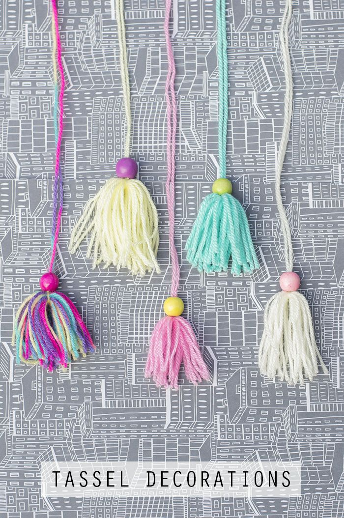 Yarn Crafts: Tassel Decorations - really quick and easy.