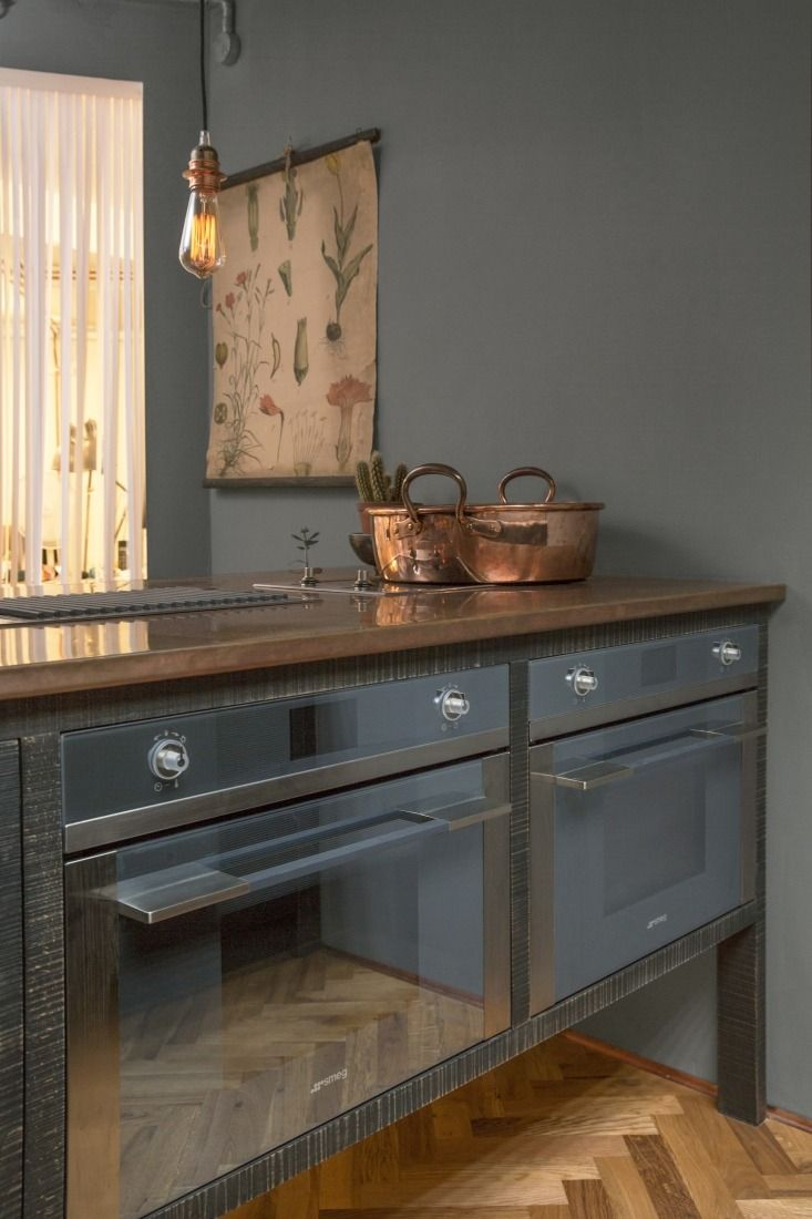 Double ranges in the Sebastian Cox kitchen from deVOL
