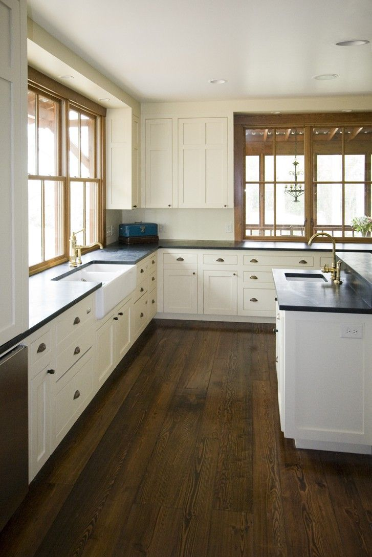 25 best ideas about White Farmhouse Kitchens on Pinterest