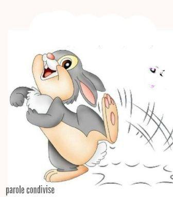 Filastrocca  Piedi correte, passi scappate.  Io corro fino in fondo all'estate,  io corro fino alla fine del giorno,  poi corro indietro girandogli intorno,  ed il mio cuore è contento perché  vento, tu corri con me! Bruno Tognolini