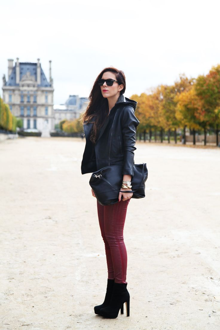 Black and burgundy for a casual daytime outfit