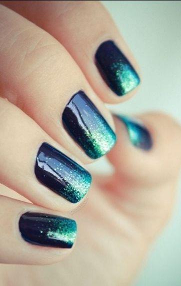 Ombre nails black + emerald glitter