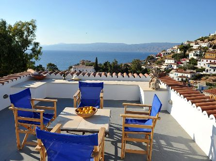 Holiday Houses to Let in Hydra Island Greece