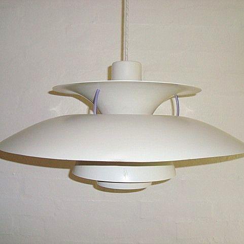 """LOUIS POULSEN """"PH 5"""" pendant/pendel - POUL HENNINGSEN. #trendyenser #lamps #lamper #pendant #pendel #danishdesign #danskdesign #retro #vintage #louispoulsen #ph. SOLGT/SOLD on www.TRENDYenser.com."""