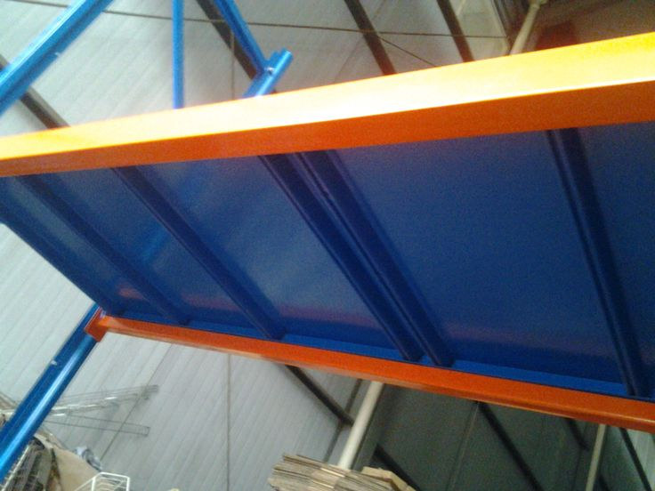 the layer of the long /wide span racks of he bei woke metal . skype:notsosimple610