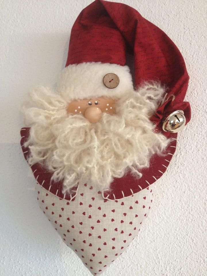 .Love this Santa ornament!