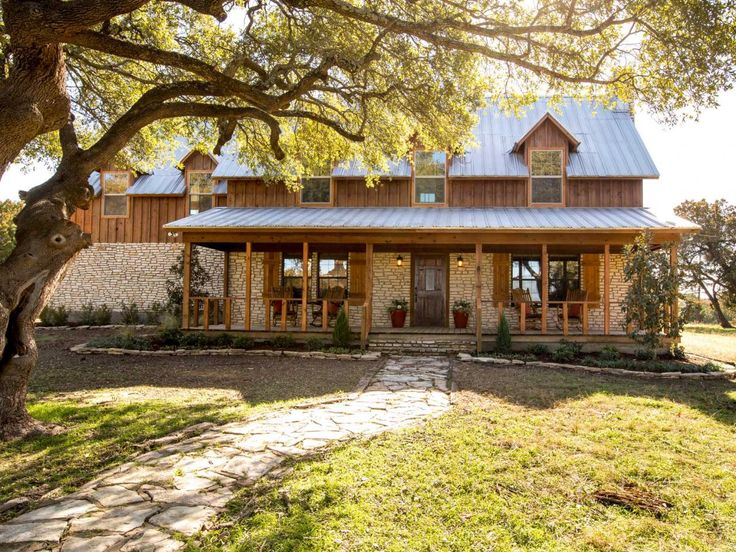 Fixer Upper  Country Farmhouse Goes from Scary to Sensational. 50 best Kay    House Outside images on Pinterest   Magnolia homes