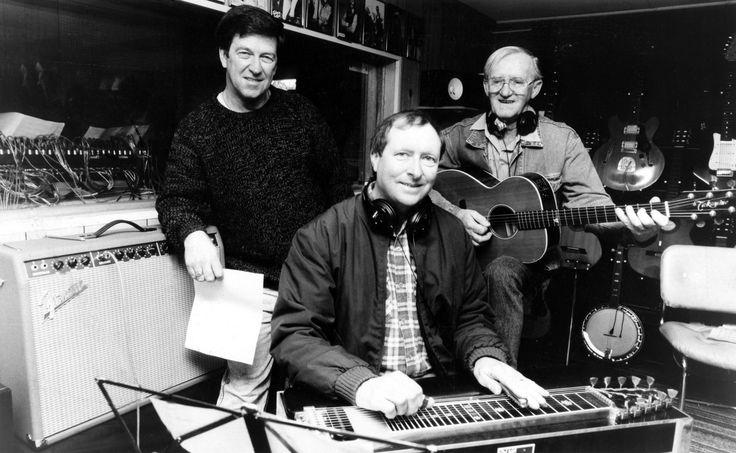 Lindsay Butler Studios - History Pin 4 - Lindsay Butler OAM, Barry Thornton & Wayne Saunders in the Moonbi Studio 1996. Photo courtesy NDL  #ShazaLeigh, #LindsayButler, #LBSMusic, #australiancountrymusic, #NDL, #BarryThornton