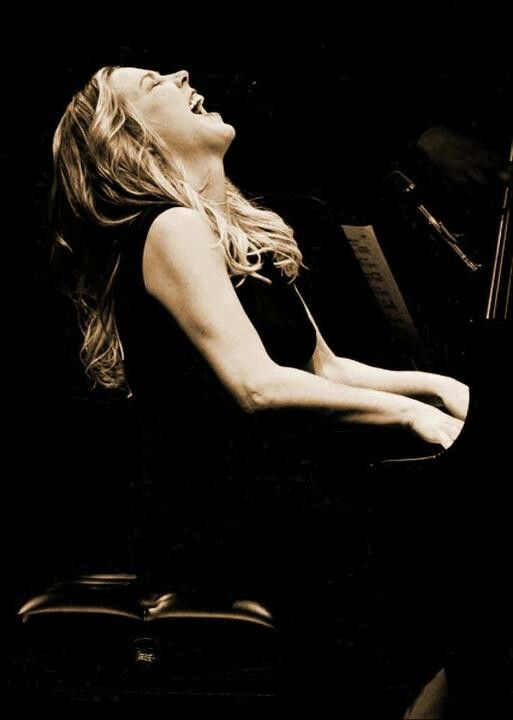 Anything and everything Diana Krall - spectacular jazz pianist/vocalist