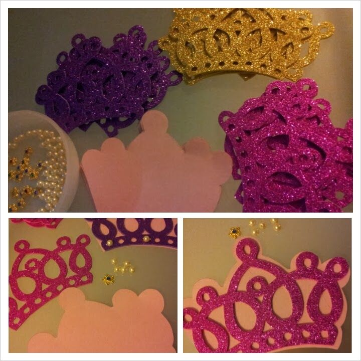 Easy DIY Crown invitations for Princess Birthday Party