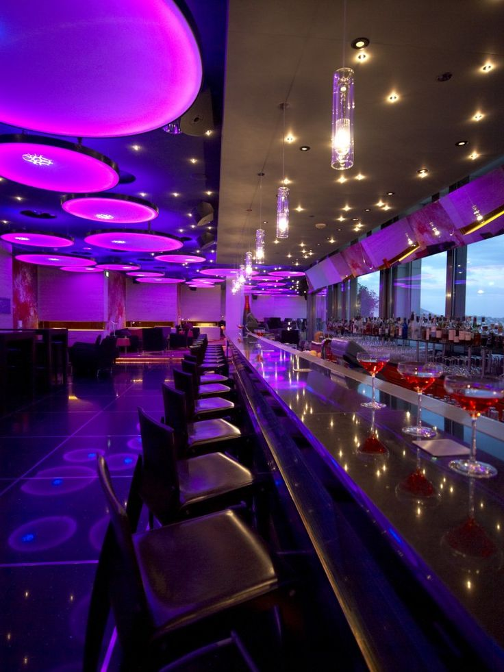 Galaxy Bar, Hilton Athens Creating mood with the different lighting nice bright colouurs yet used effectively