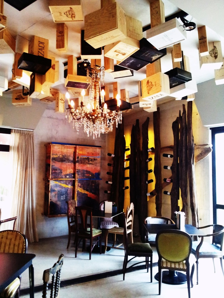 Espectacular #wine bar en #Rioja Alavesa (Viura Hotel) #enoturismo #winetastelovers