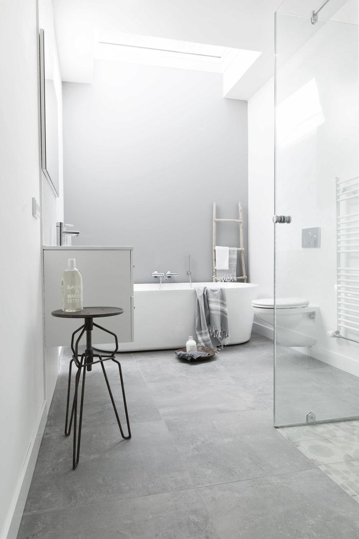 Find This Pin And More On Ann26 Salle De Bain Soft Grey Bathroom