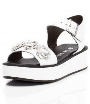 Белые босоножки на толстой платформе. #MarioMuzi #shoes #style #fashion #comfortable #women #for_girls #lady #pretty #beautiful #casual #2016 #spring #summer #onlineshop #shopping #sale #Kharkiv #Kharkov #Ukraine #Lviv #Dnepropetrovsk #Odessa #МариоМузи #обувь #женская_мода #женская_обувь #женские_туфли #босоножки #интернет_магазин #шоппинг #весна #лето #Харьков #Львов #Днепропетровск #Одесса
