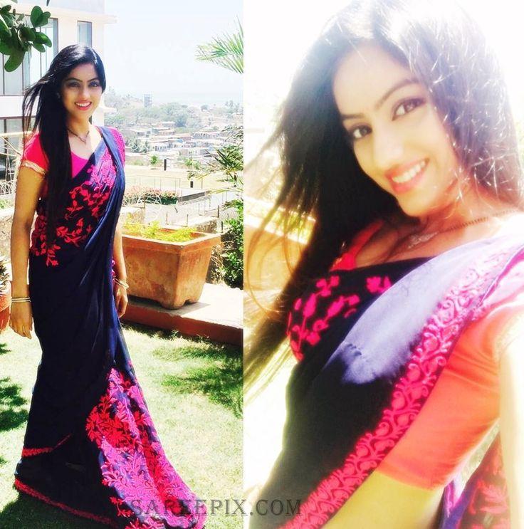 """Diya Aur Baati Hum"" IPS officer Deepika Singh Aka Sandhya in blue saree photo from her instagram profile."