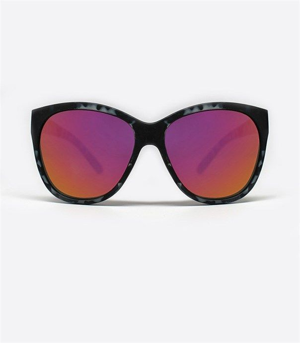 About Last Night Sunglasses - Black Tortoise by Quay