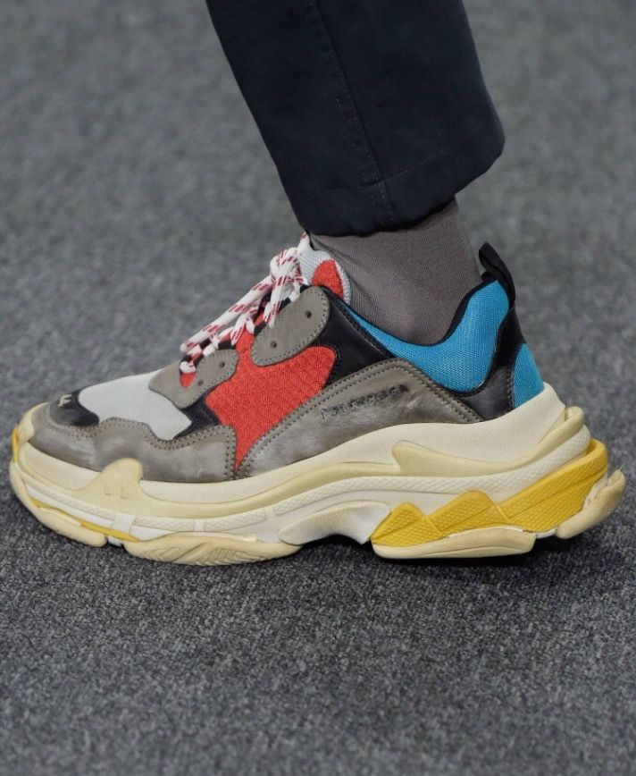 Balenciaga's buzzing Triple S sneakers are arriving in brand-new women's-exclusive looks for the new year.. The popular runner-style sneakers are set to drop in new spring '18 looks.
