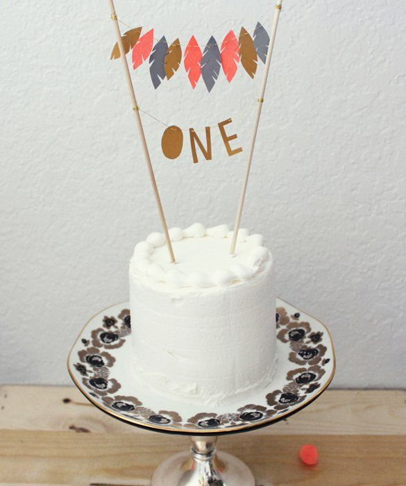 cute cake topper: Birthday Bash, American Cakes, Cakes Ideas, Birthday Parties, Feathers Cakes, Cakes Toppers, 1St Birthday, Cakes Super, Birthday Cakes