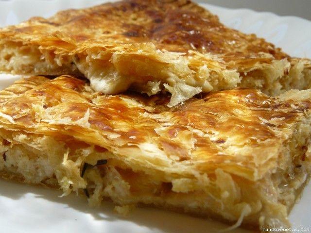Receta de Hojaldre de pollo asado, bechamel y queso