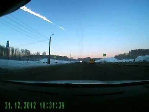 Impressionnante chute de météorites dans le ciel de Russie