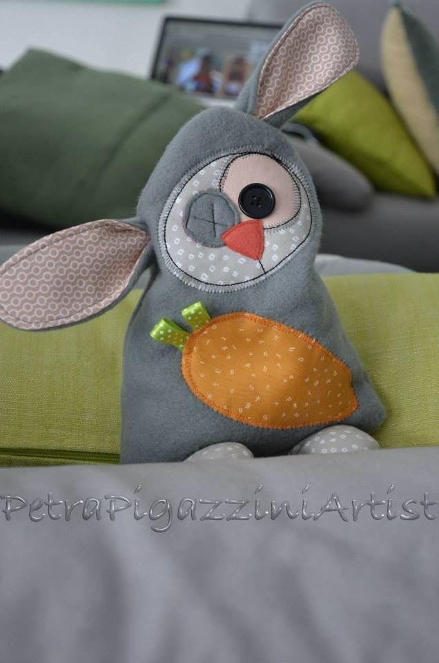 Coniglio bouillotte, con semi di ciliegia. 40.-