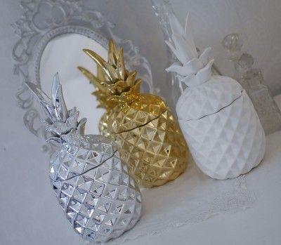 Ananas skål med lock i porslin