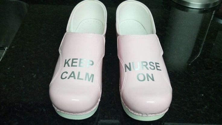 "Pink dansko ""Keep Calm and Nurse On"""