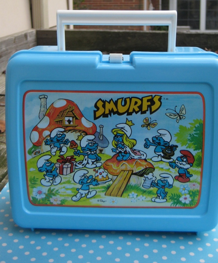 Smurfs Plastic Lunch Box. I had this!
