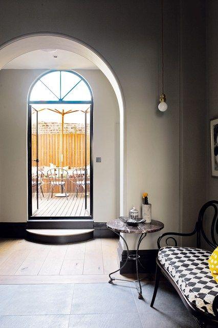 Victorian Meets Vienna - Hallway Ideas – Furniture & Decorating Ideas (houseandgarden.co.uk)