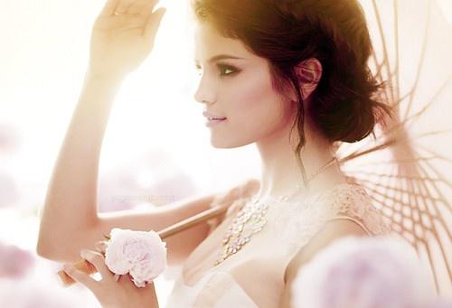 selena gomez.: Selena Gomez, Beautiful Picture, Selenagomez, Pretty Photography, Dark Eye, Beautiful Photographers, Glam Photography, Hair Style, Photography Inspiration