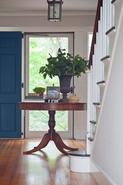 Front Foyer Round Table : Beautiful entryway with hardwood floors round wooden