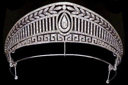 "Tiara ""Prusiana"" de la reina de España"