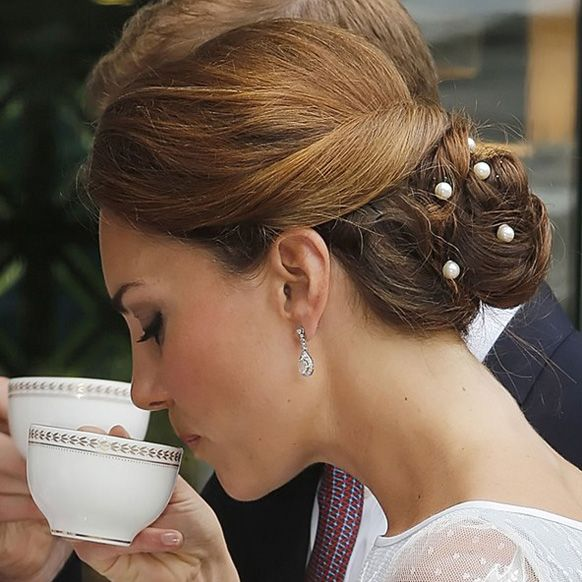 Wedding Hairstyle Kate Middleton : 96 best images about wedding hair makeup on pinterest