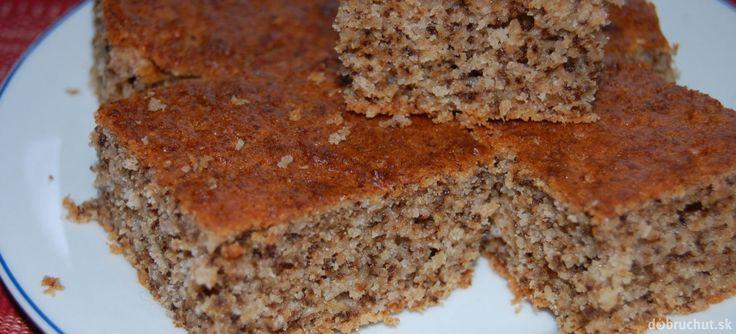Fotorecept: Orechovo-jablkový hrnčekový koláč