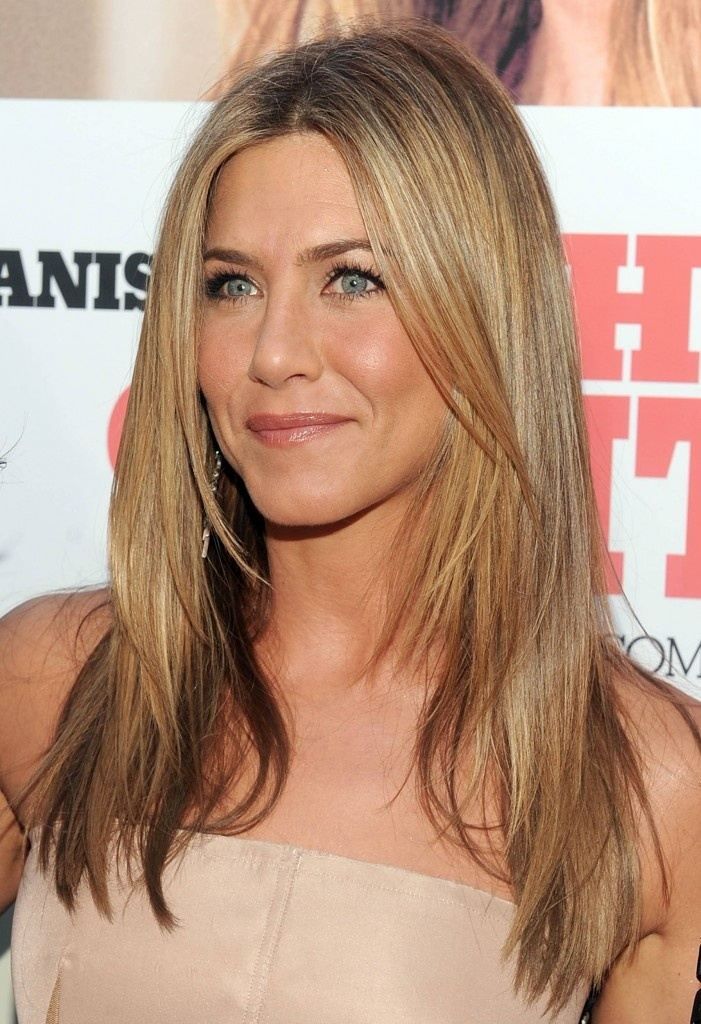 Jennifer Aniston haircut and color