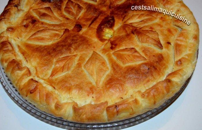 Une Tourte au Poulet si délicieuse et si facile à préparer, une recette toute simple et très bien appréciée.