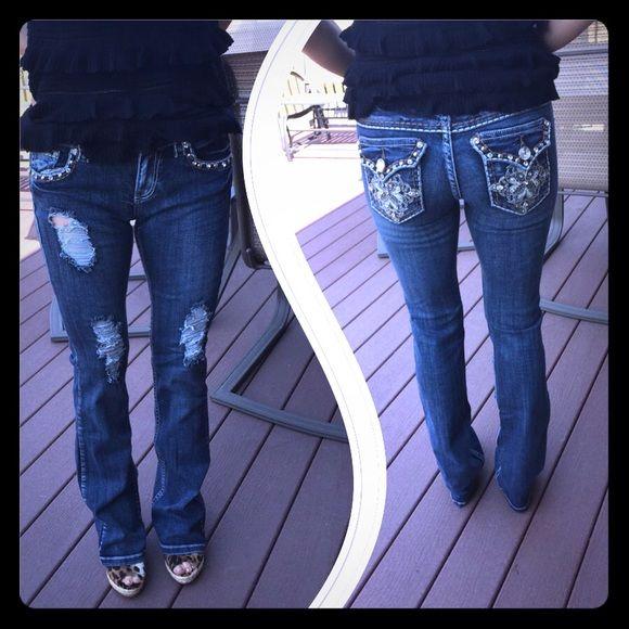 LA Idol jeans. Worn twice. Sz.5 LAidol jeans, worn twice. Sz. 5  length-40, waist-30, inseam-31.5. L.A.idol Jeans